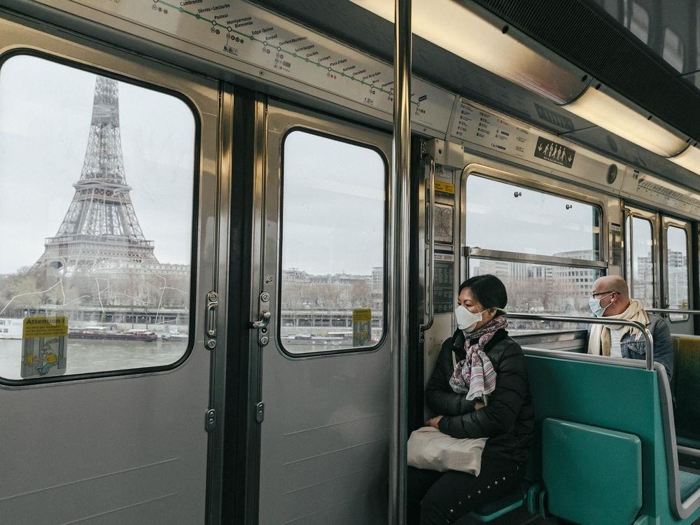 Париж из окна поезда