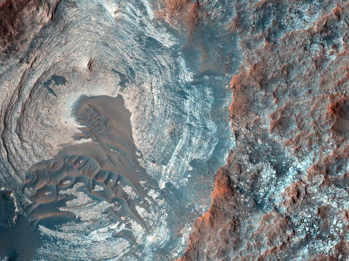 Марс сверху