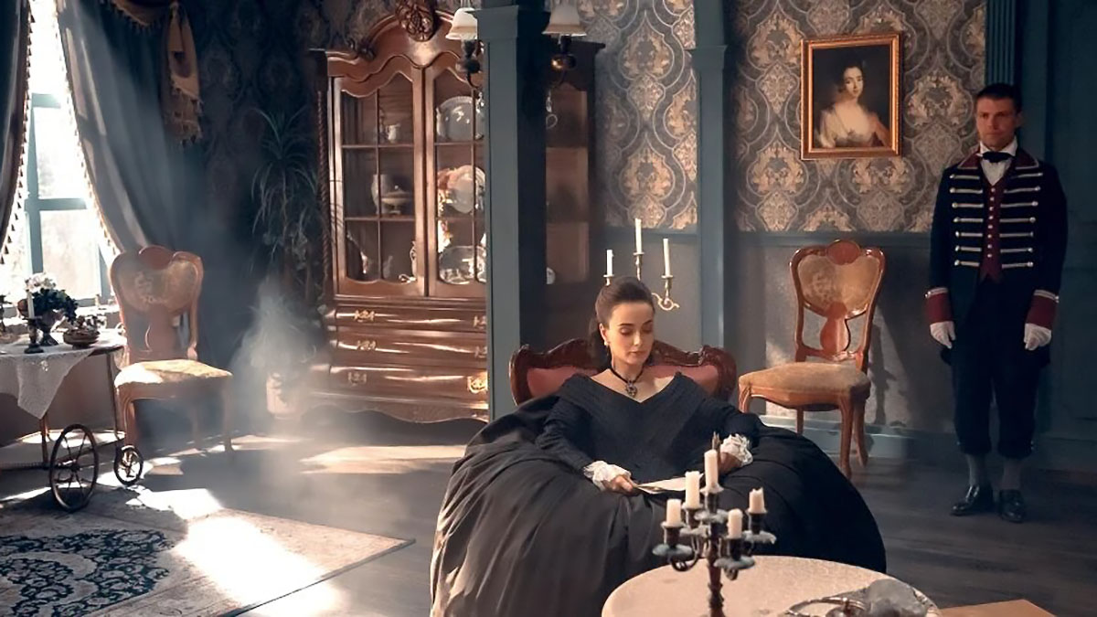 Кадр из сериала «Крепостная»