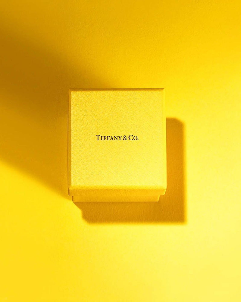 Tiffany & Co желтый цвет