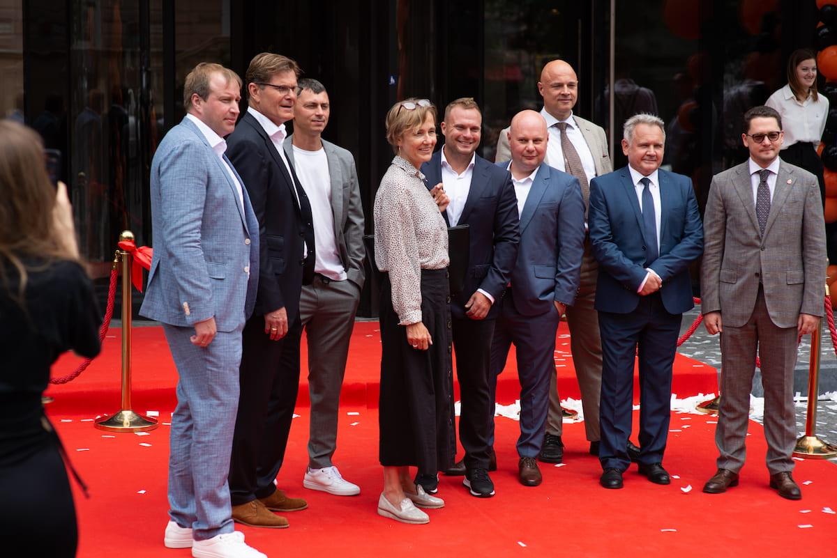 Фото гостей открытия AUTODOC