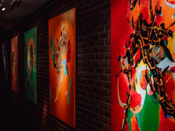 Выставка Петра Бевзы
