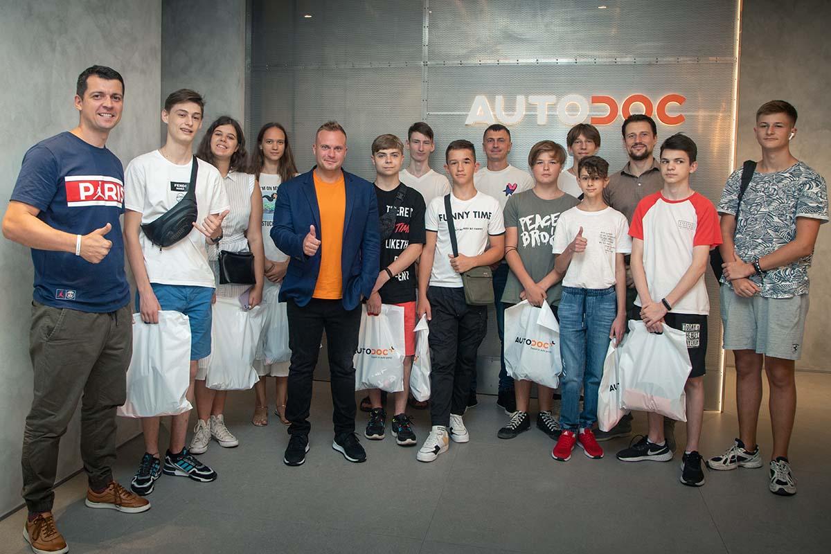 Макс Вегнер и студенты Hillel