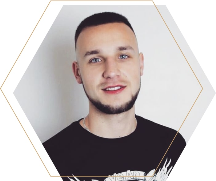 тату-мастер Павел Глазунов