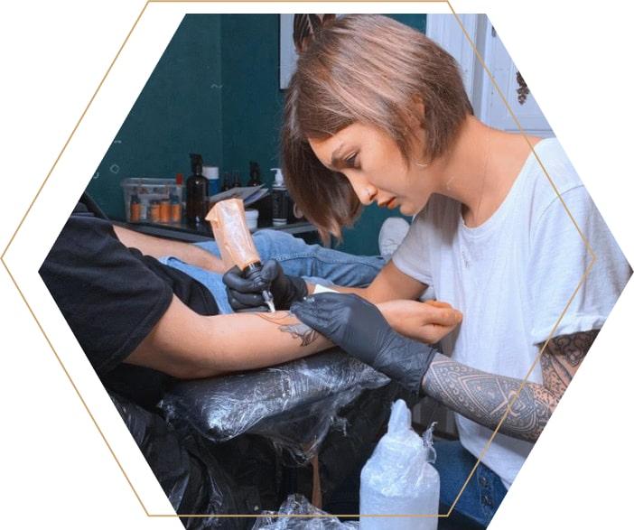 Тату-художник Александра Беляева-Кодацкая Summer Tattoo Studio Odessa